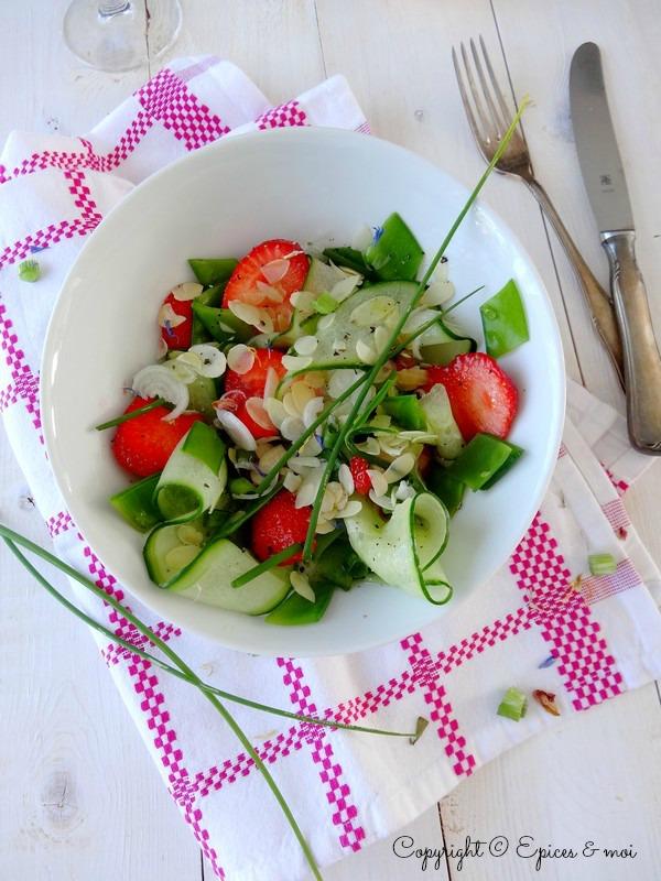 Epices & moi Salade concombre fraises 2