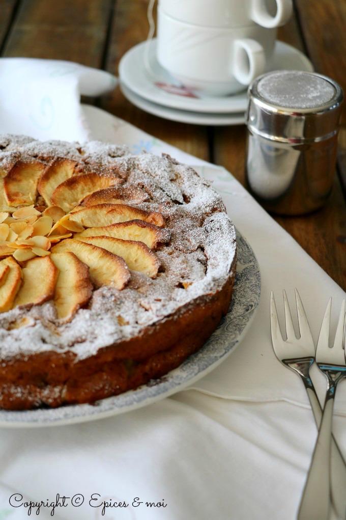 Moelleux aux pommes, cidre et amandes - Epices & moi