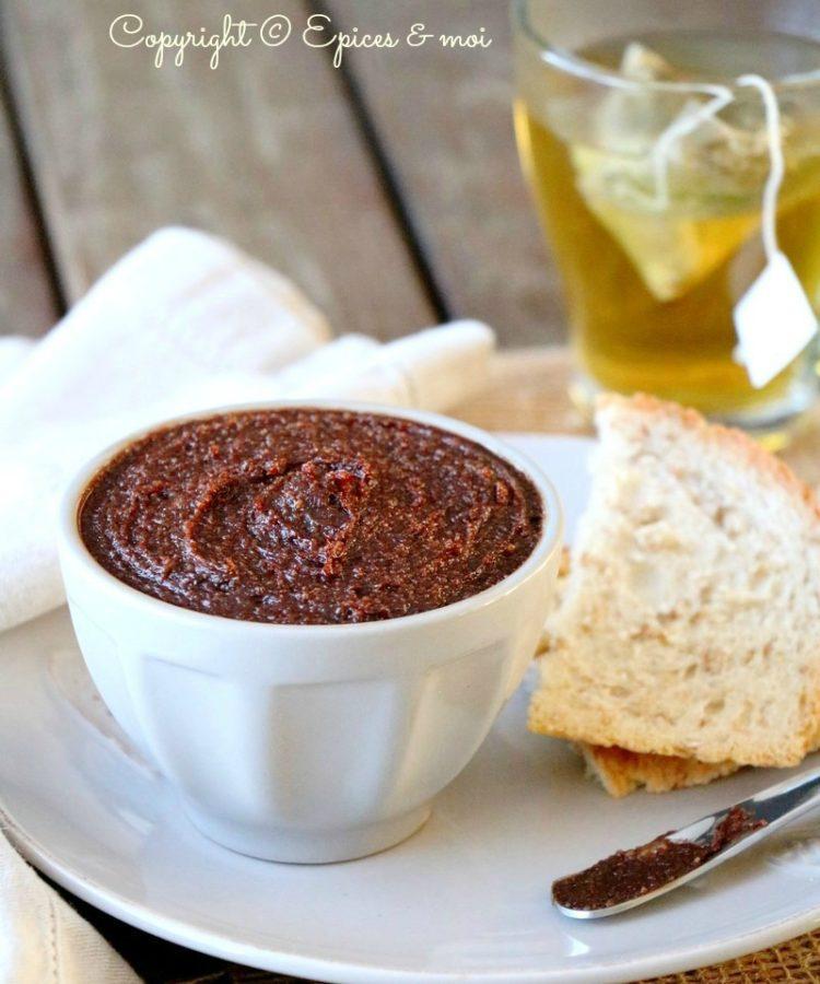Epices & moi - Pâte à tartiner au cacao cru, amandes et cajou #cru #végétalien