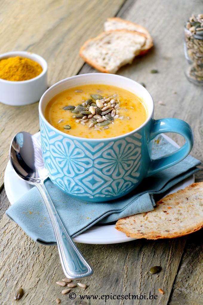 Epices & moi - Soupe crémeuse de pois cassés aux carottes et navets Boule d'Or
