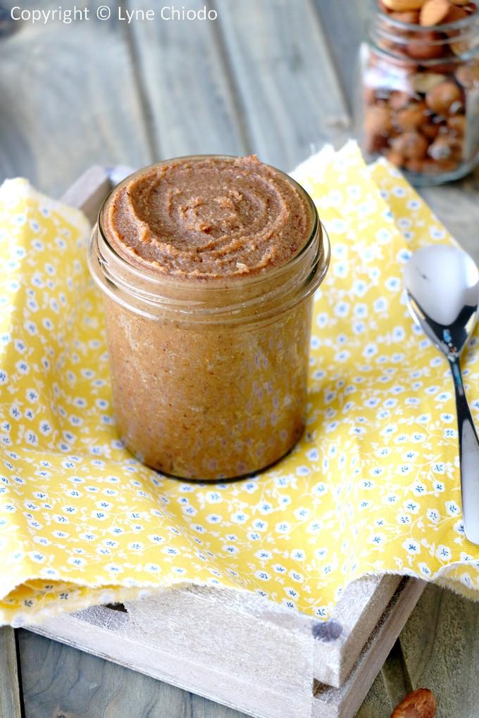 Epices & moi - Pâte à tartiner caroube et dattes