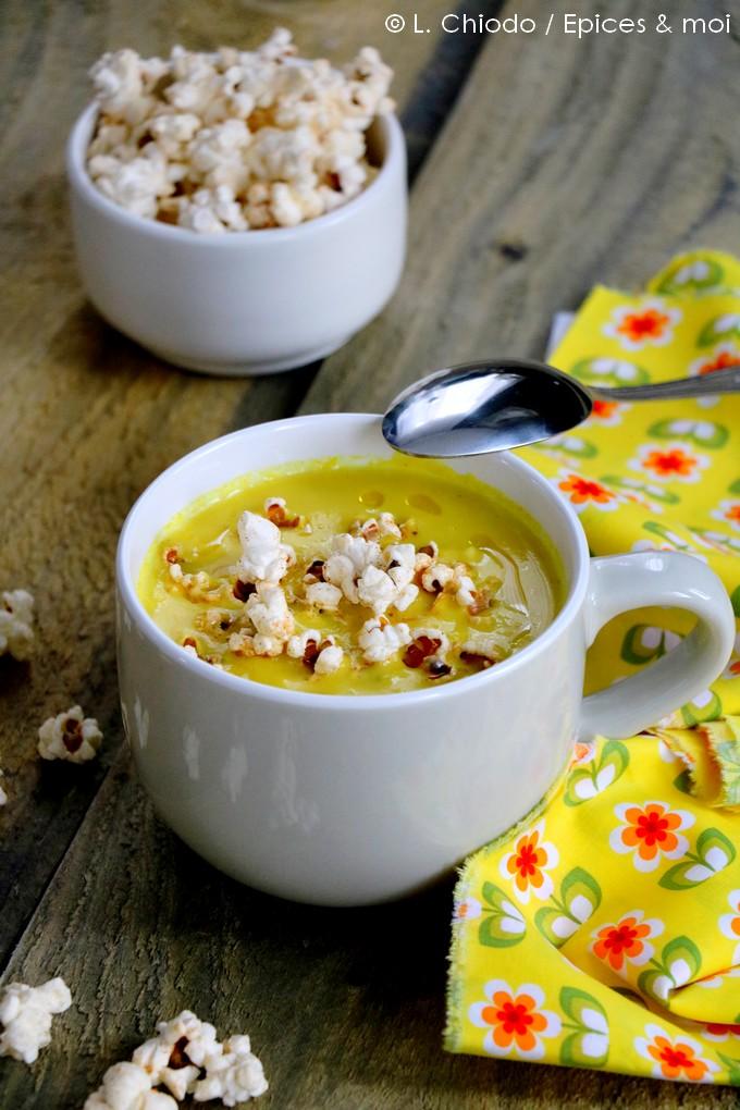 Epices & moi - Soupe de maïs et pop corn au paprika de Julien Duboué