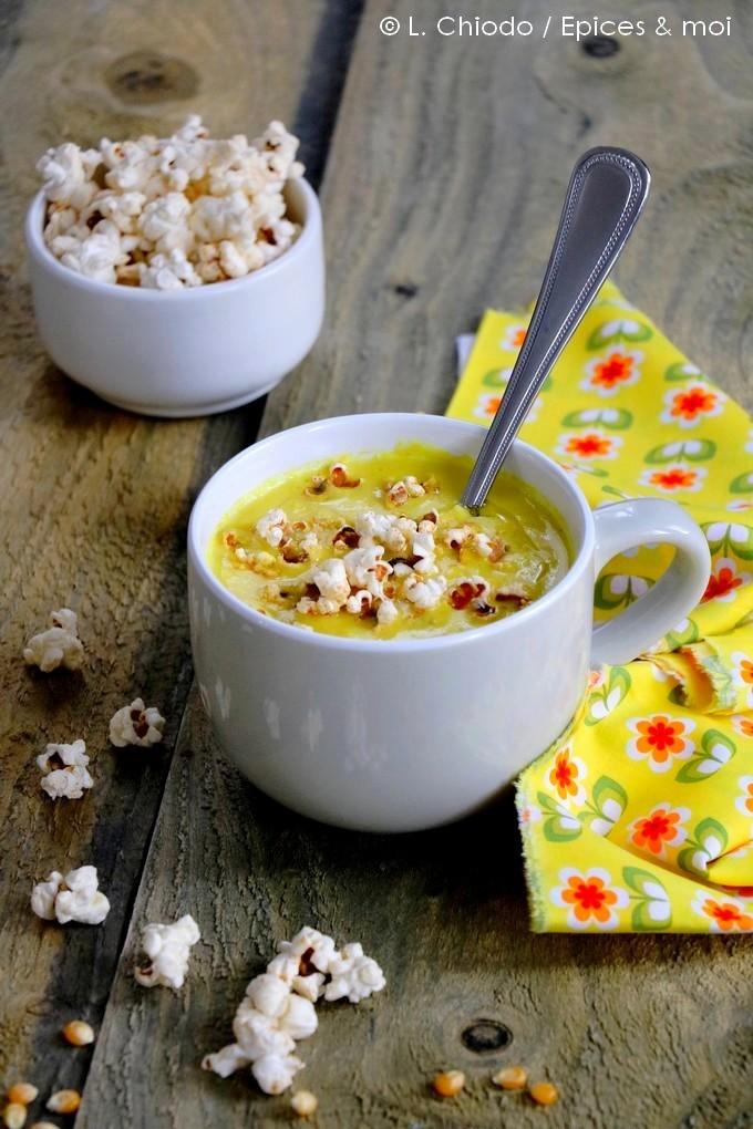 Epices & moi - Soupe de maïs et pop corn au paprika