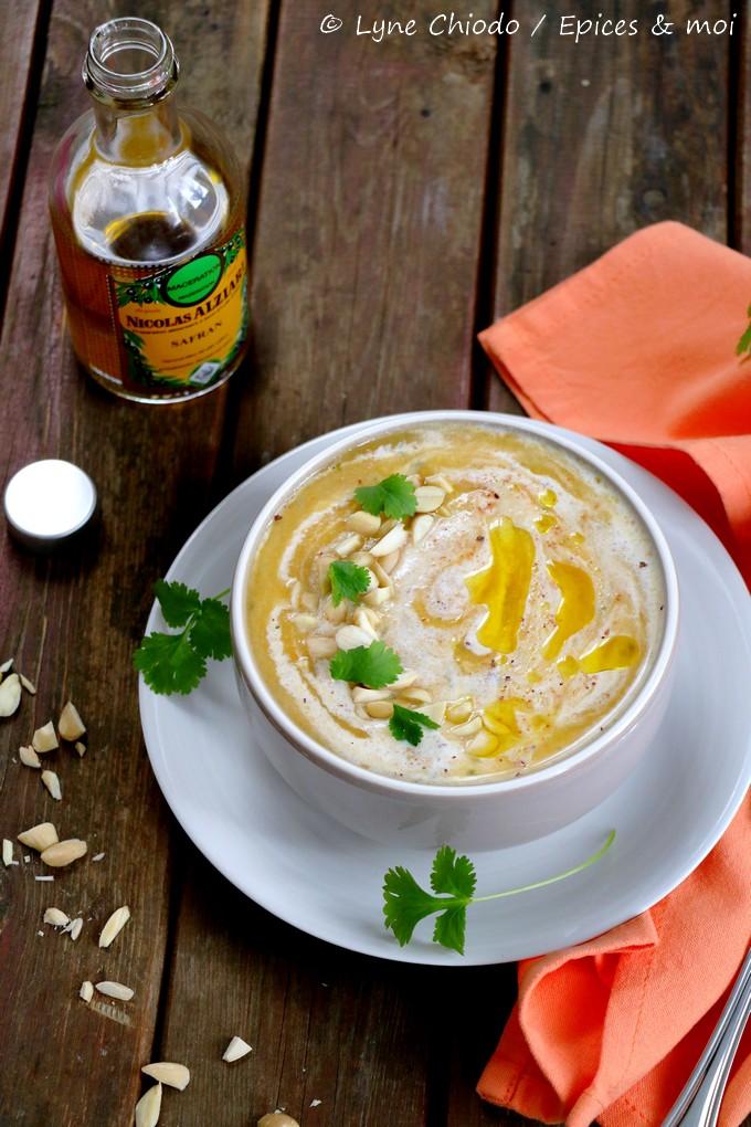 Epices & moi - Soupe de courge musquée et céleri rave à l'huile au safran