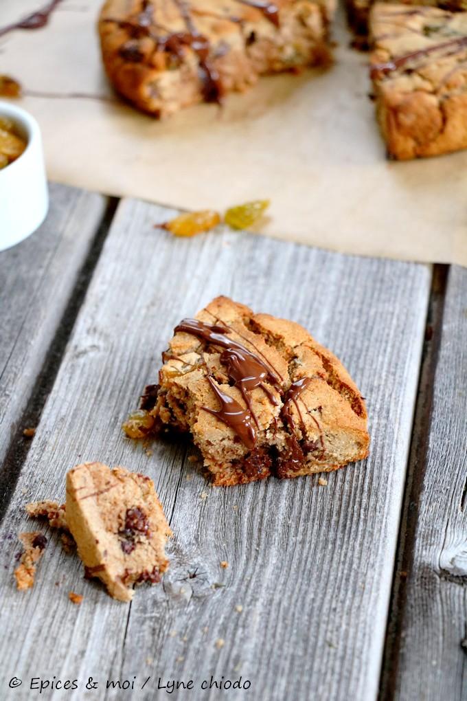 Epices & moi - Scones de châtaigne au chocolat et raisins secs