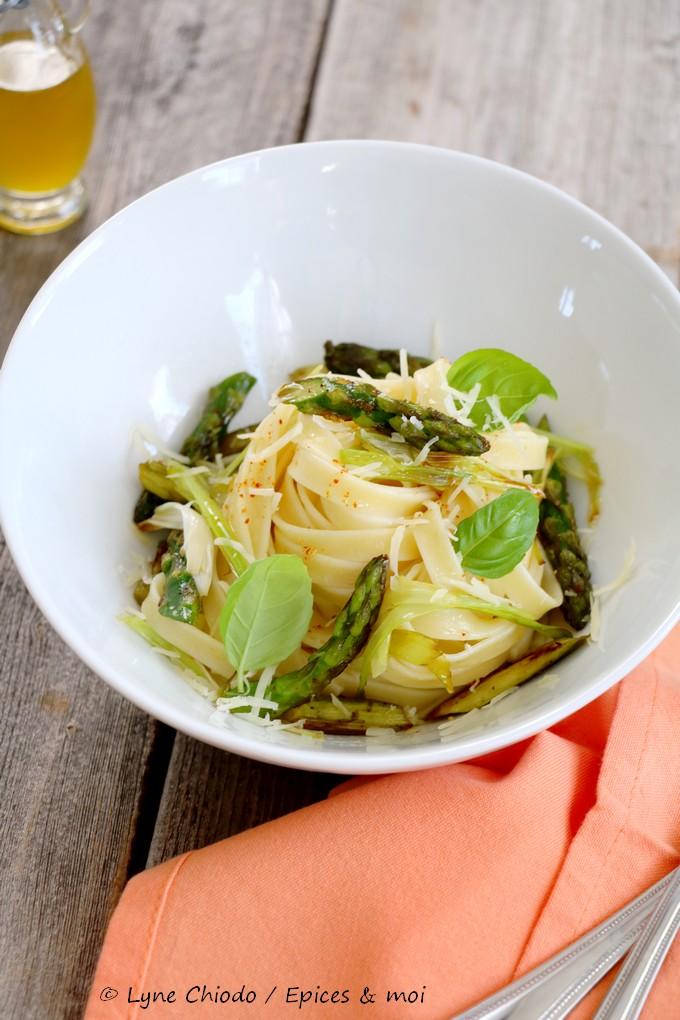 Epices & moi - Fettuccine aux asperges et sauce au citron