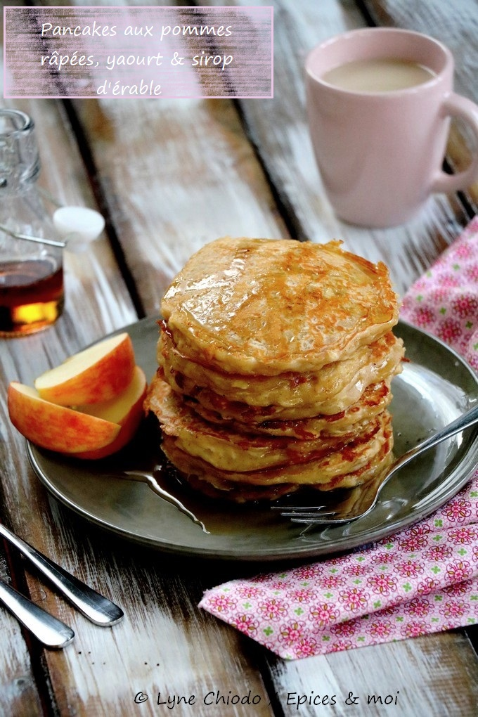 L'attribut alt de cette image est vide, son nom de fichier est Epices-moi-Pancakes-pommes-4-1.jpg.